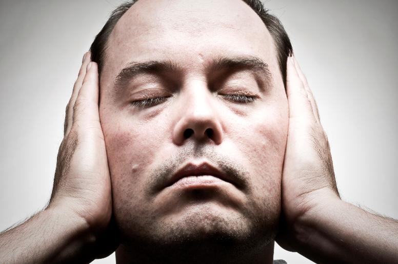 simptomy-shizofrenii-u-muzhchin-povedenie