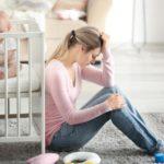 Послеродовая депрессия: симптомы и признаки, сколько длится, как лечить