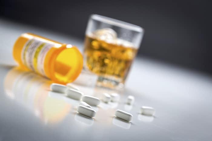 alkogol-i-tabletki