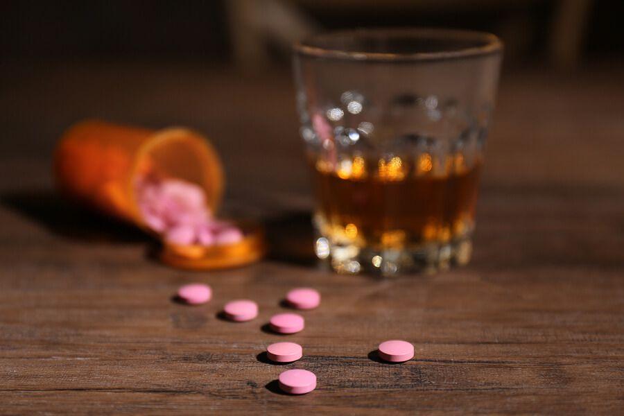 tabletki-i-alkogolnye-napitki