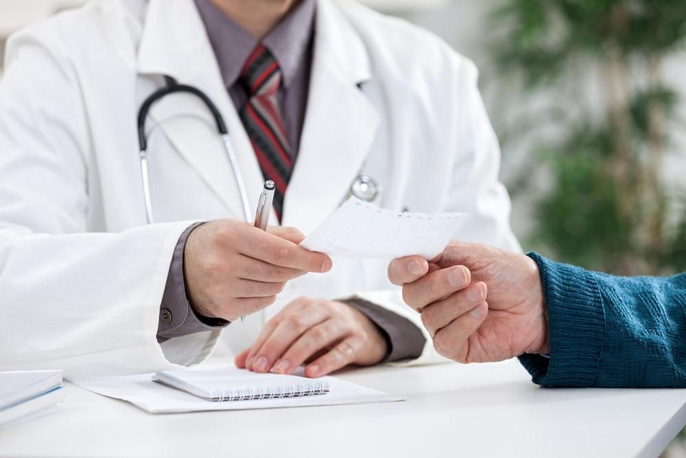 doktor-pomogaet